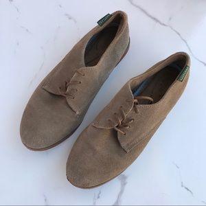 •EASTLAND• Bucksport Suede shoe